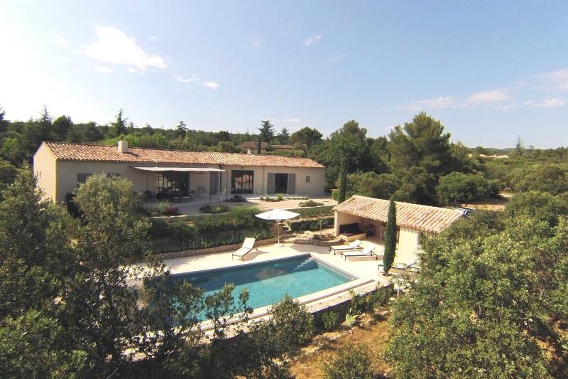 Luberon Luxury Rental Villa Lime Exterior