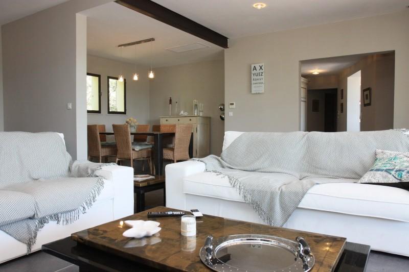 Luberon Luxury Rental Villa Lime Outdoor Living Room 2