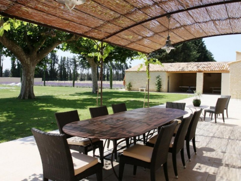 Luberon Location Villa Luxe Limette Salle A Manger Extérieure
