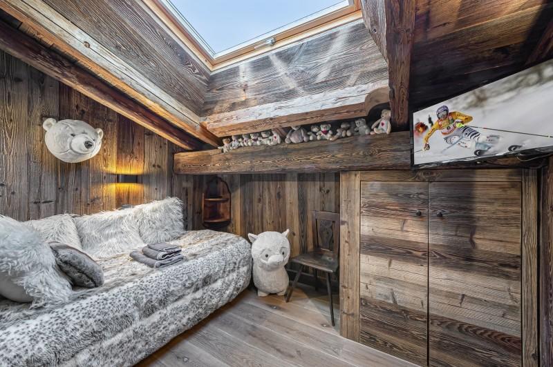 Megève Luxury Rental Chalet Cajuelite Bedroom 6