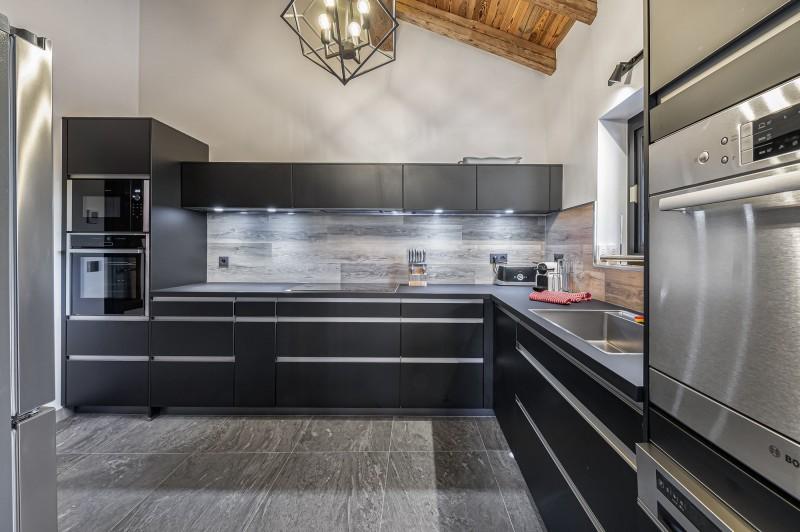 Megève Luxury Rental Chalet Cajuelite Kitchen