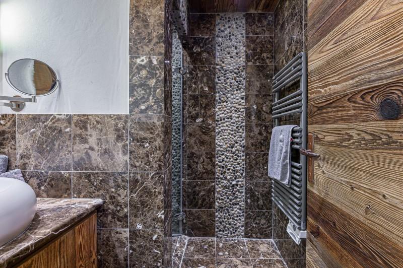 Megève Luxury Rental Chalet Cajuelite Bathroom