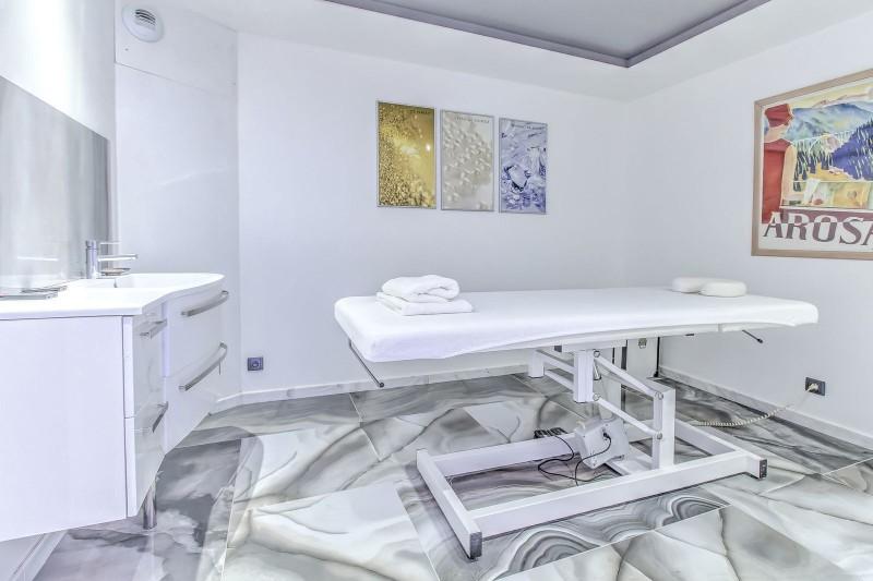 Megève Luxury Rental Chalet Cajuelite Massage Room