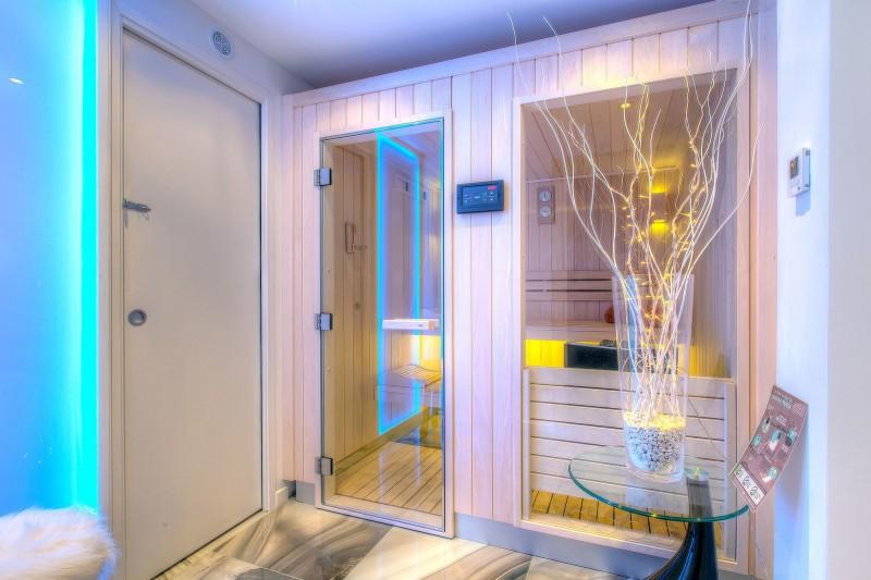 Megève Luxury Rental Chalet Cajuelite Sauna 2