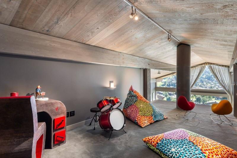 Megève Luxury Rental Chalet Sesamont Game Area