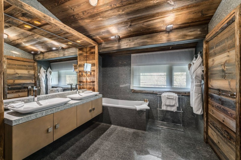 Megève Luxury Rental Chalet Sesanite Bathroom 5