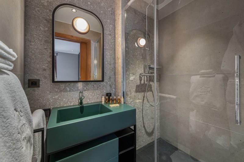 Megève Luxury Rental Chalet Sesanity Bathroom 4