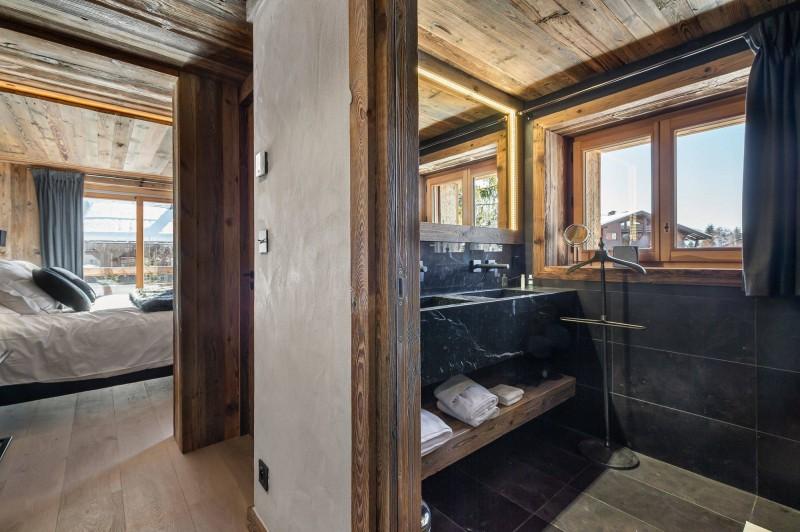 Megève Luxury Rental Chalet Taxodoge Bathroom