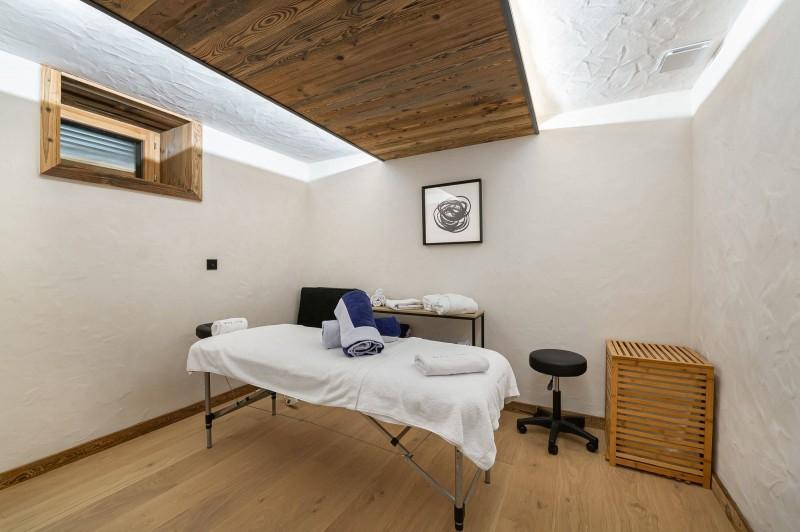Megève Luxury Rental Chalet Taxodoge Massage Room