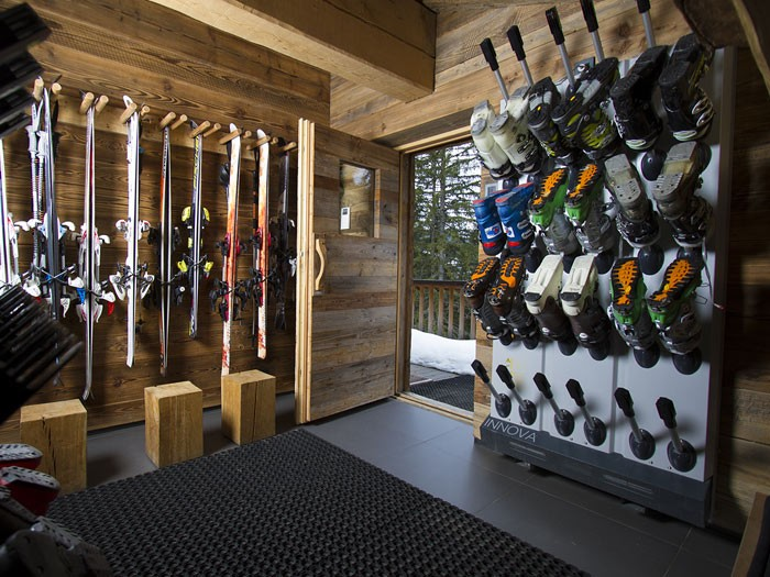 Méribel Luxury Rental Chalet Novaculite Ski Room