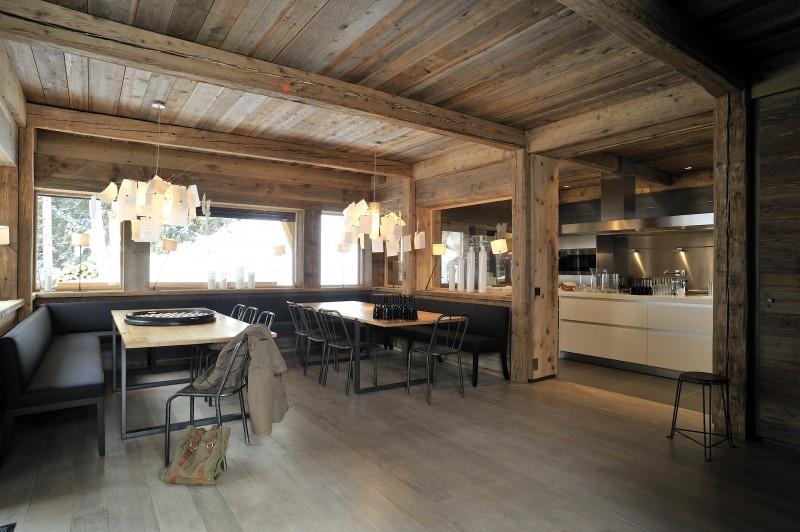 Méribel Luxury Rental Chalet Novaculite Dining Room