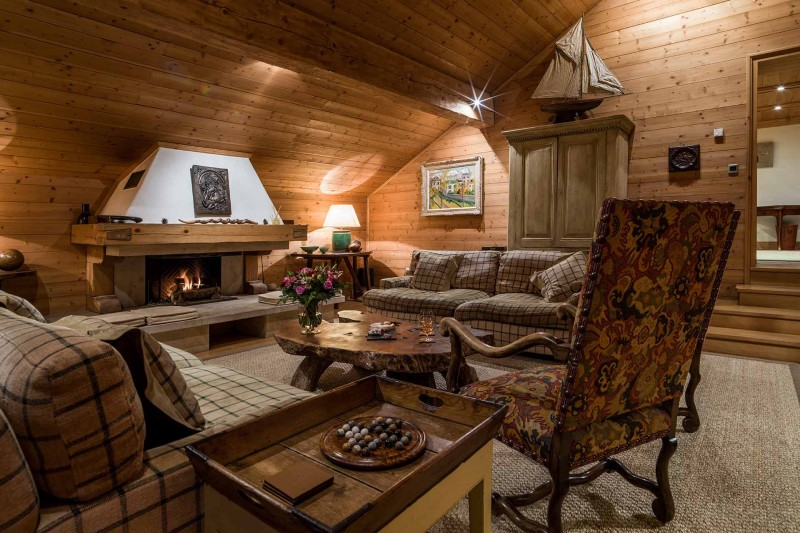 Méribel Luxury Rental Chalet Ulamite Living Room 2
