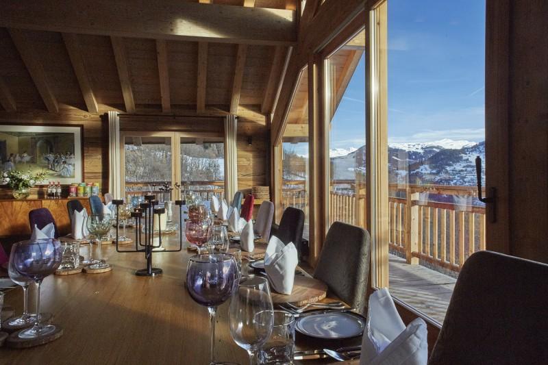 Méribel Luxury Rental Chalet Ulumite Dining Room 2