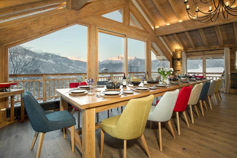 Méribel Luxury Rental Chalet Ulumite Dining Room