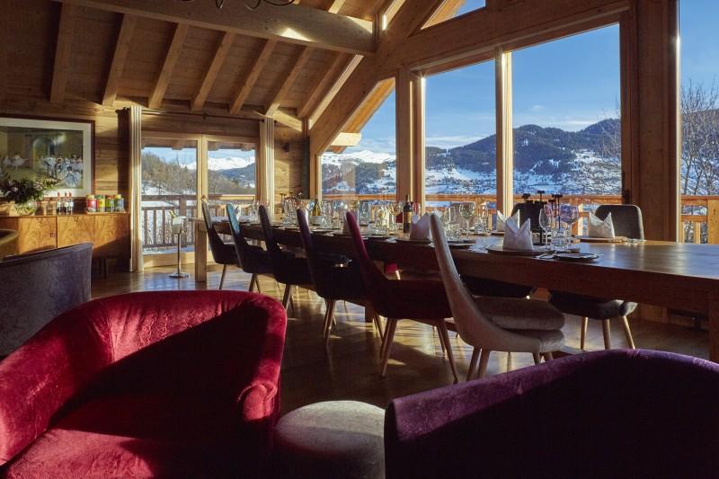 Méribel Luxury Rental Chalet Ulumite Dining Room 3