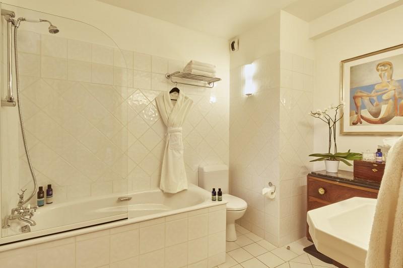 Méribel Luxury Rental Chalet Ulumite Bathroom 2