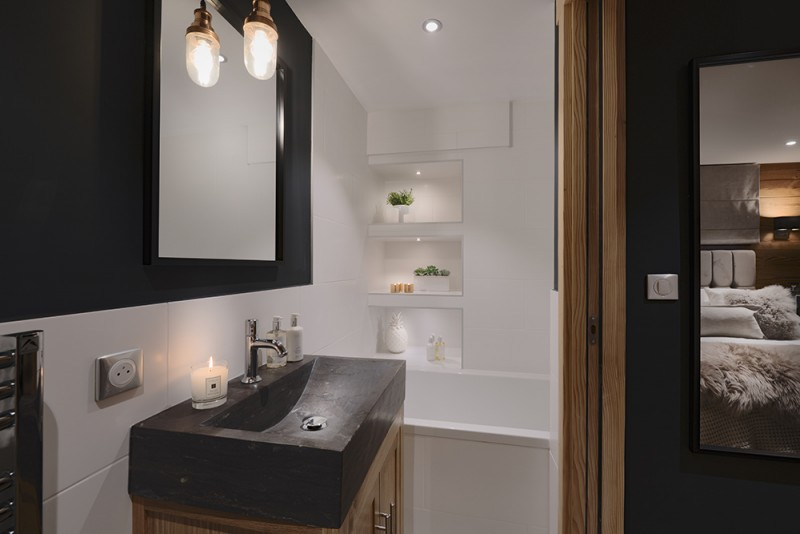 Morzine Luxury Rental Appartment Merlio Bathroom 2