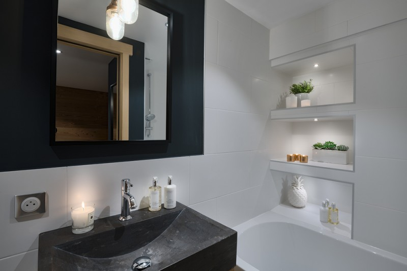 Morzine Luxury Rental Appartment Merlio Bathroom