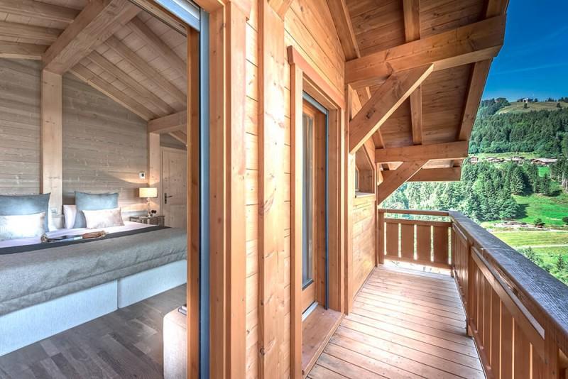 Morzine Luxury Rental Chalet Merlinate Balcony