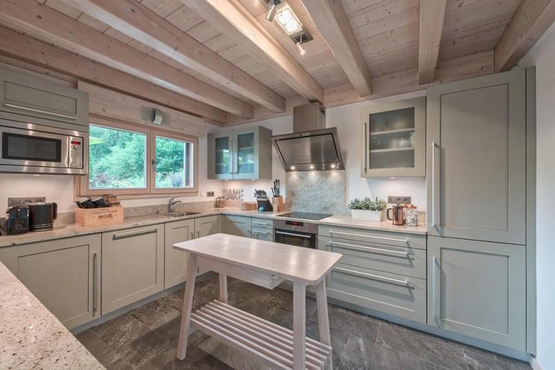 Morzine Luxury Rental Chalet Merlinate Kitchen