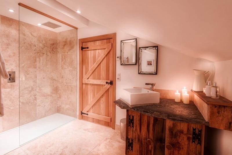 Morzine Luxury Rental Chalet Merlinute Shower Room 2