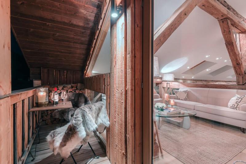 Morzine Luxury Rental Chalet Merlinute Balcony