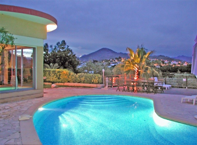 pool-view-nuit-5734