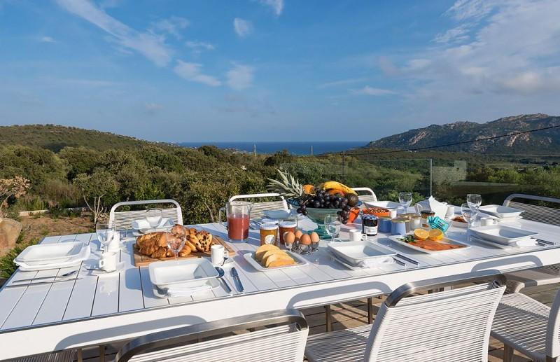 porto-vecchio-location-villa-luxe-arokite