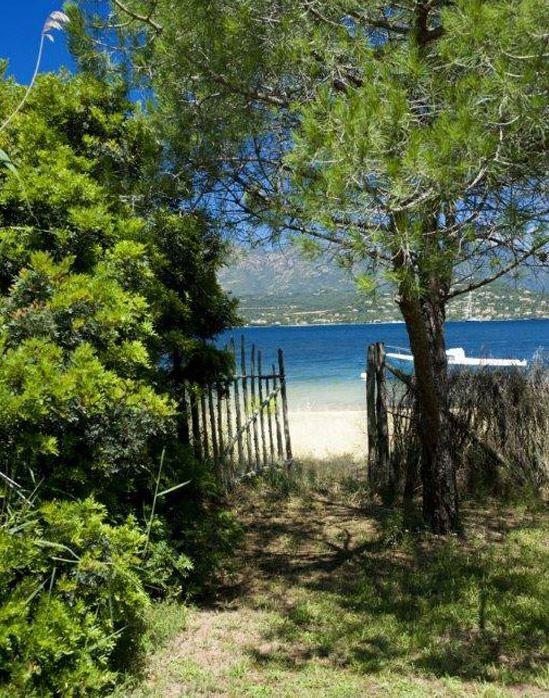 porto-vecchio-location-villa-luxe-arto