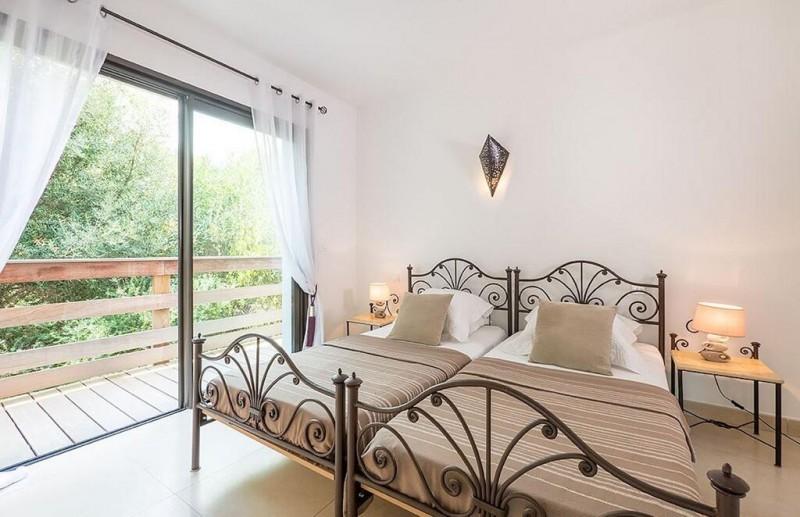 Porto Vecchio Location Villa Luxe Pivoine Jaune Chambre2