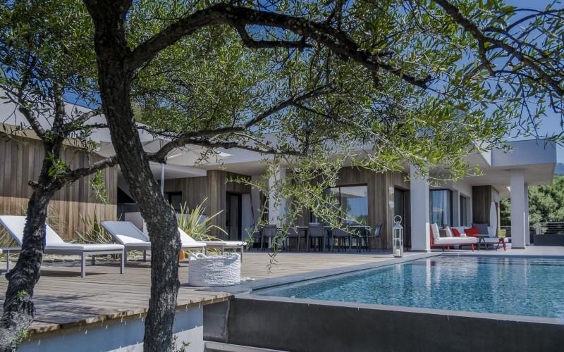 propriano-location-villa-luxe-pyrole Extérieur 2
