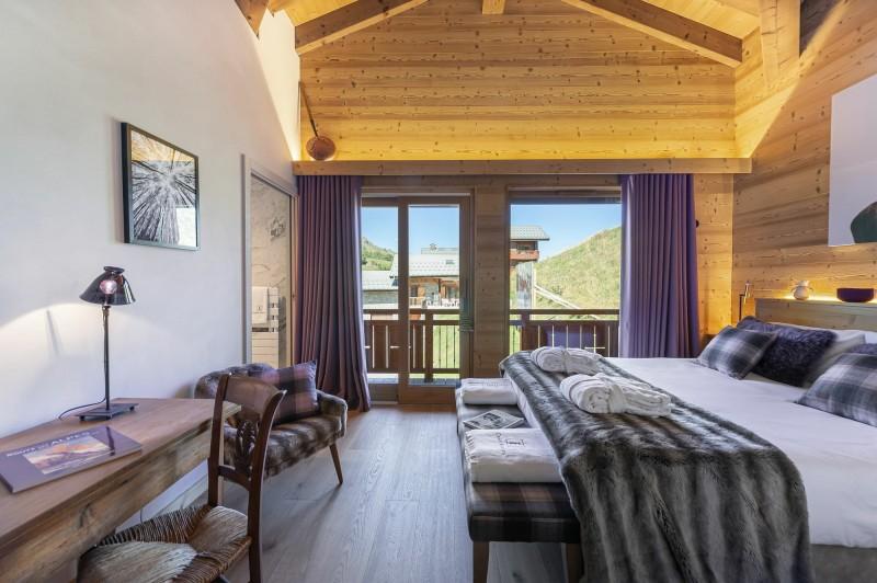Saint Martin Belleville Luxury Rental Chalet Ipalou Bedroom 2