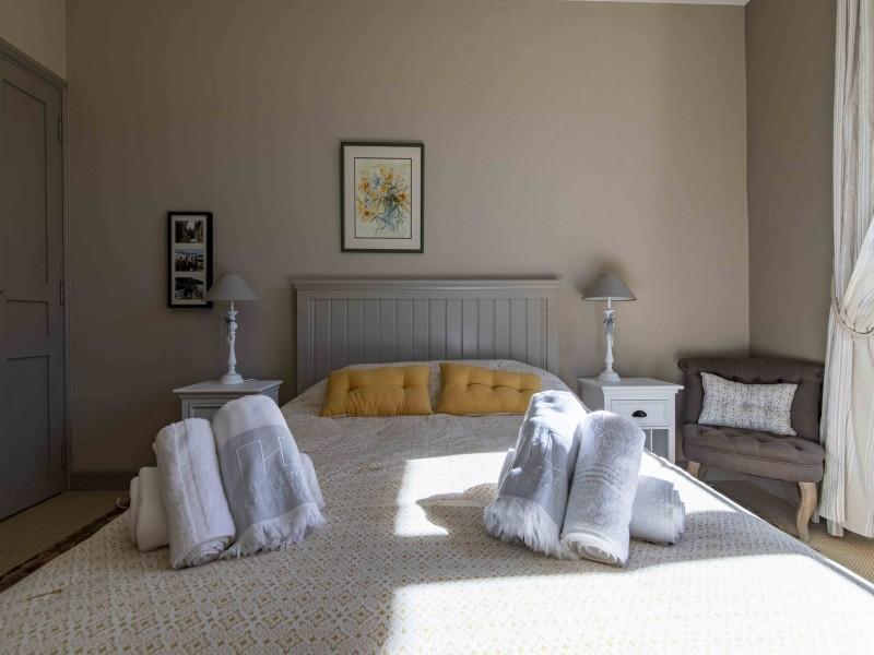 Saint Rémy De Provence Luxury Rental Villa Maho Bedroom 3