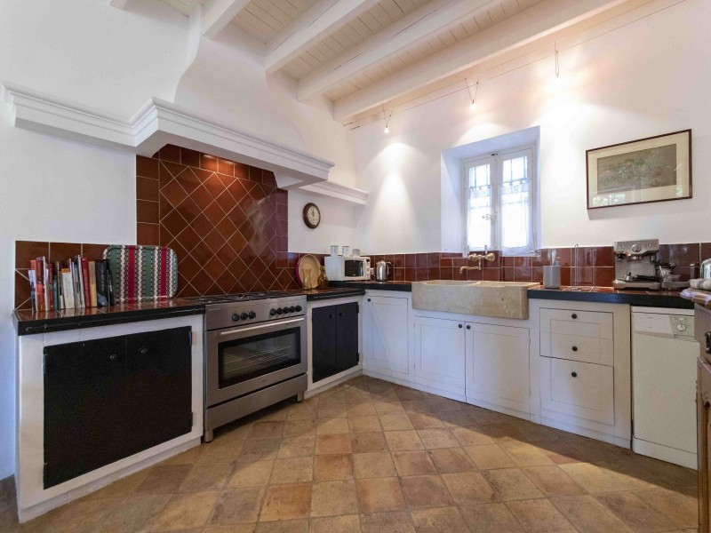 Saint Rémy De Provence Luxury Rental Villa Maho Kitchen