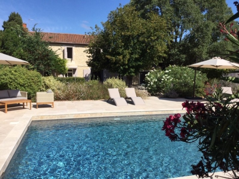 Saint Rémy De Provence Luxury Rental Villa Maho Pool 2