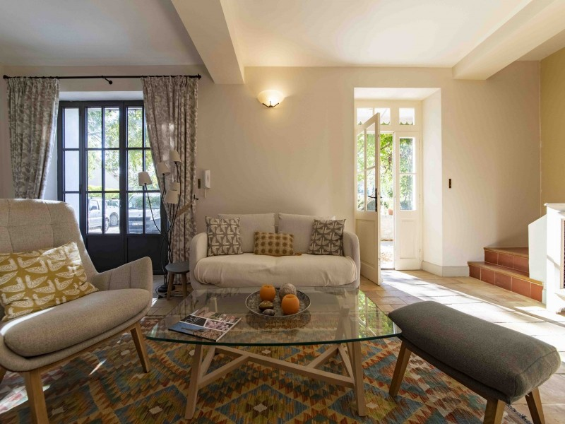 Saint Rémy De Provence Luxury Rental Villa Maho Living Room 3