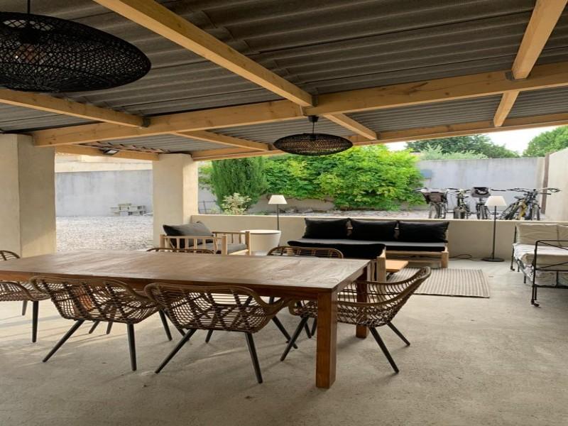 Saint Rémy De Provence Luxury Rental Villa Maladavite Covered Terrace 2