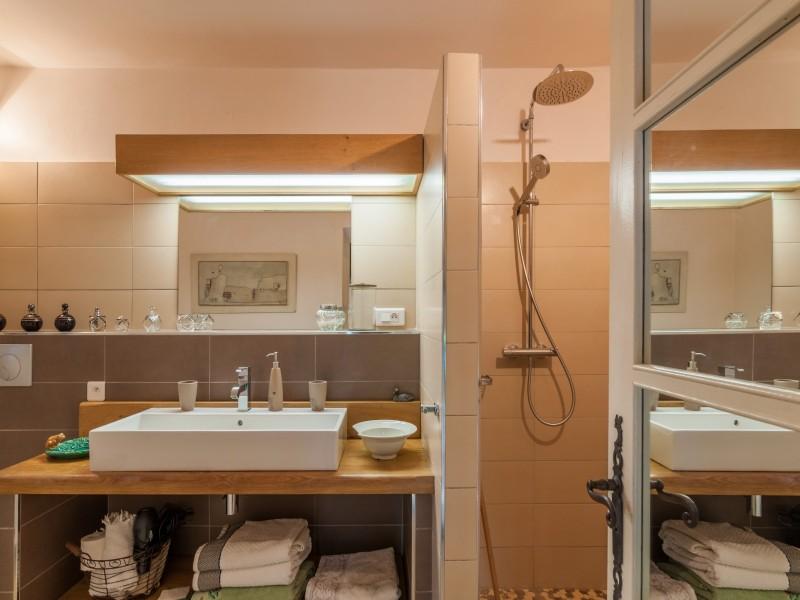 Saint Rémy De Provence Location Villa Luxe Micavite Salle De Douche 2