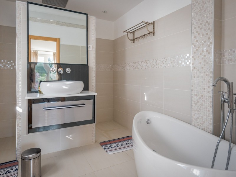 Saint Rémy De Provence Location Villa Luxe Moldavite Salle De Bain 3