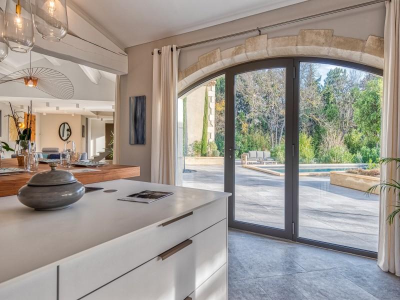 Saint Rémy De Provence Luxury Rental Villa Murcasite Kitchen 2