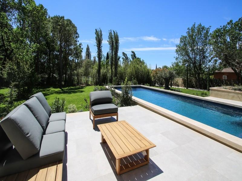 Saint Rémy De Provence Luxury Rental Villa Murcasite Garden Furniture