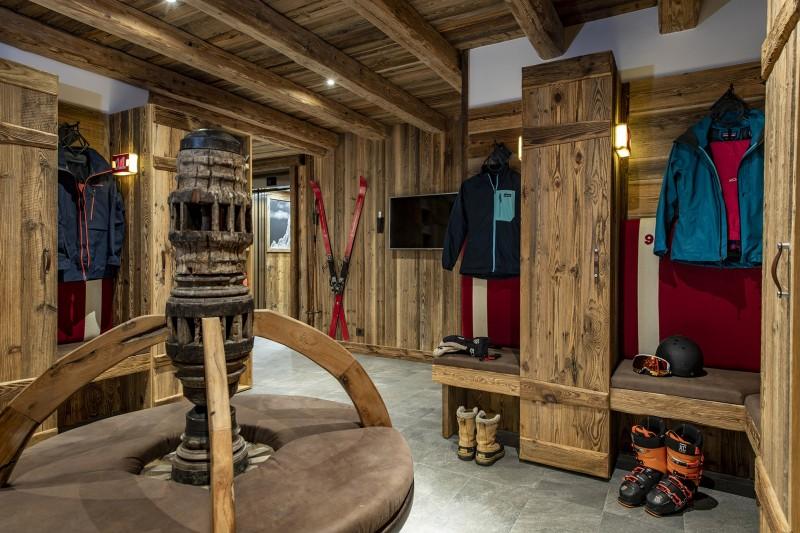 Val D'Isère Luxury Rental Chalet Umbate Ski Room