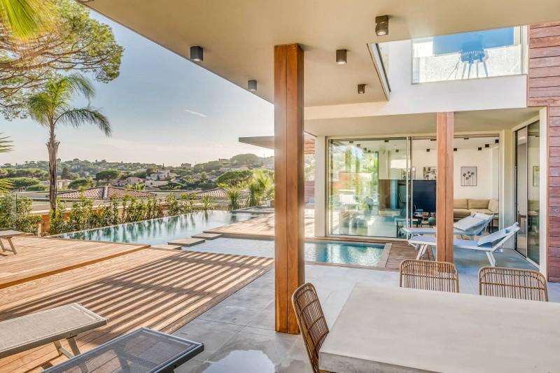 Saint Tropez Luxury Rental Villa Saxifrage Terrace 2