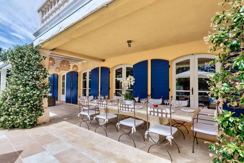 Saint-Tropez Location Villa Luxe Teel Table A Manger