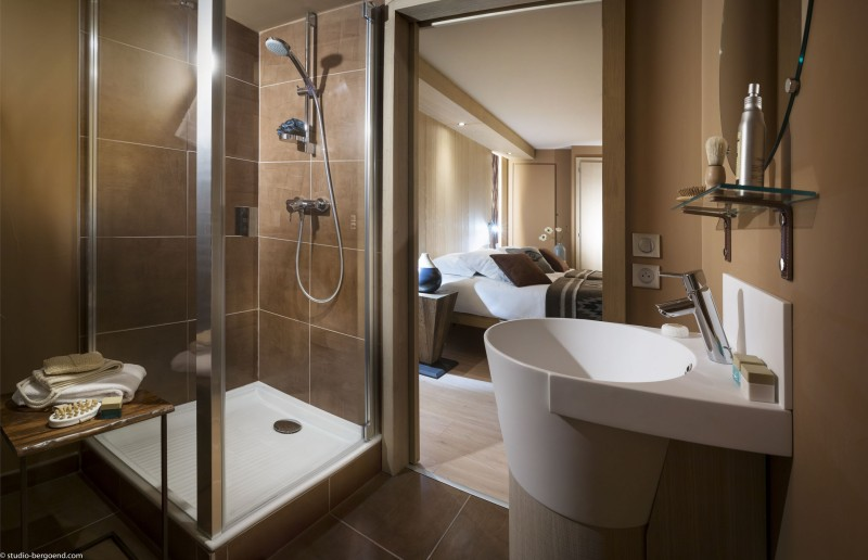 Tignes Rental Appartment Luxury Kyonite Bathroom