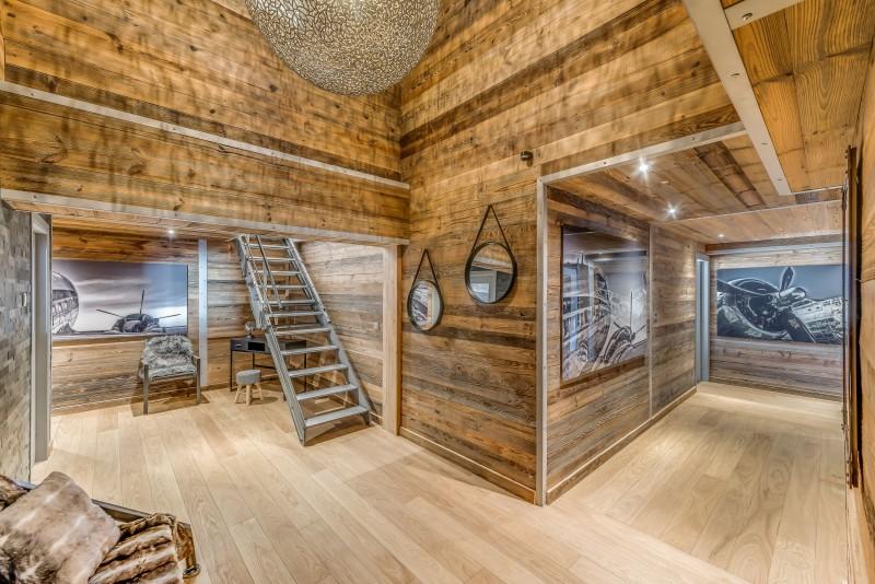 Tignes Location Chalet Luxe Tankite Escalier