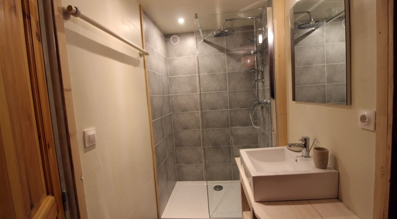 Tignes Location Chalet Luxe Valakite Douche
