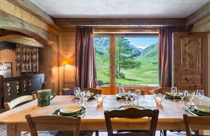 Val d'Isère Location Appartement Luxe Danay Salle A Manger