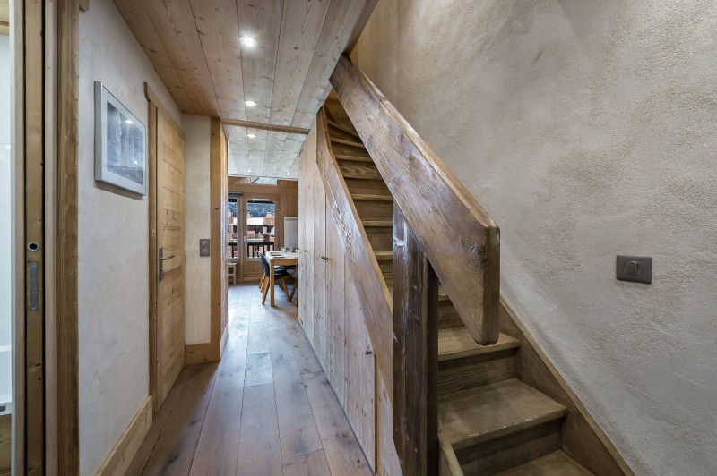 Val d'Isère Location Appartement Luxe Disneye Couloir