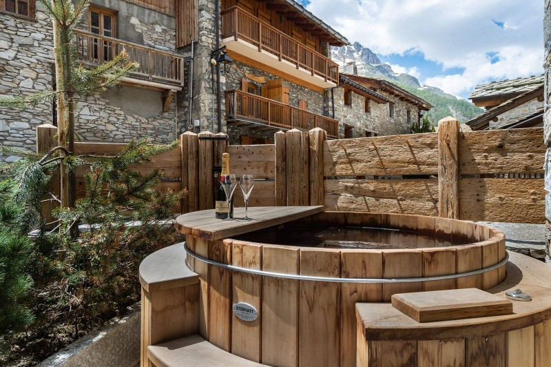 Val d'Isère Location Appartement Luxe Tapiza Bain Nordique